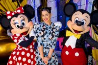 Celebrities Wonder 4254053_katy-perry-Walt-Disney-World-Resort_2.jpg