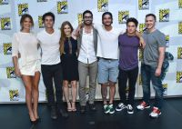 Celebrities Wonder 46426269_comic-con-teen-wolf-panel-holland-roden_3.jpg