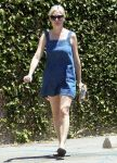 Celebrities Wonder 47940751_kirsten-dunst-denim-dress_2.jpg
