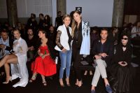 Celebrities Wonder 5007519_olivia-palermo-paris-fashion-week_2.jpg