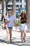 Celebrities Wonder 50099880_dakota-fanning-shorts_3.jpg