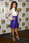 Celebrities Wonder 54196145_nina-dobrev-comic-con_3.jpg