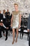 Celebrities Wonder 57917894_christian-dior-couture-show_Charlize Theron 1.jpg