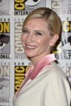 Celebrities Wonder 61702185_cate-blanchett-the-hobbit-comic-con-2014_4.jpg