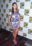 Celebrities Wonder 6281037_nina-dobrev-vampire-diaries-comic-con_2.jpg