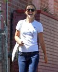 Celebrities Wonder 65292272_natalie-portman_5.jpg