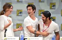 Celebrities Wonder 67009002_comic-con-teen-wolf-panel_Shelley Hennig 3.jpg