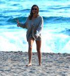 Celebrities Wonder 73445888_teresa-palmer-bikini_1.JPG
