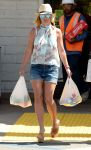 Celebrities Wonder 78859128_britney-spears-grocery-shopping_1.JPG
