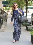 Celebrities Wonder 79001786_miranda-kerr-maxi-dress_1.jpg