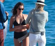 Celebrities Wonder 80075043_teresa-palmer-bikini_5.JPG