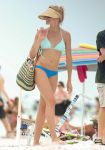 Celebrities Wonder 80875672_cameron-diaz-bikini_3.jpg
