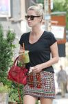Celebrities Wonder 81028166_nicky-hilton-organic-avenue_5.jpg