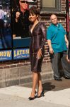 Celebrities Wonder 949521_halle-berry-Late-Show-with-David-Letterman_5.jpg