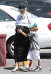 Celebrities Wonder 95610807_pregnant-christina-aguilera_1.jpg