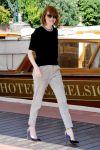 Celebrities Wonder 10085841_emma-stone-Excelsior-Hotel-Venice_1.jpg