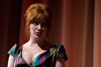 Celebrities Wonder 17010499_christina-hendricks-Gods-Pocket-photocall_6.jpg