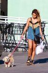 Celebrities Wonder 17770876_vanessa-hudgens-walking-dog_1.jpg