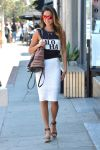 Celebrities Wonder 19240456_jamie-chung-street-style_1.jpg