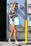 Celebrities Wonder 28749257_alessandra-ambrosio-short-shorts_3.jpg