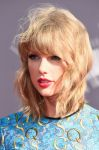 Celebrities Wonder 29219550_taylor-swift-mtv-vma-2014_4.jpg