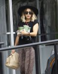 Celebrities Wonder 30706183_vanessa-hudgens_4.jpg