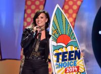Celebrities Wonder 30722025_teen-choice-2014-demi-lovato_7.jpg