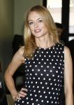 Celebrities Wonder 3317165_heather-graham-the-money-shot_4.jpg
