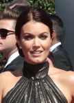 Celebrities Wonder 33888517_2014-Creative-Arts-Emmy-Awards_Bellamy Young 2.jpg