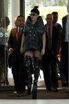 Celebrities Wonder 34793930_lady-gaga-airport_1.jpg