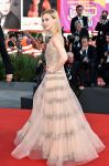 Celebrities Wonder 35831150_venice-film-festival-opening-ceremony_Sarah Gadon 3.jpg