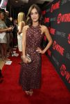 Celebrities Wonder 36224899_Showtime-Emmy-Eve-Soiree_Lizzy Caplan 2.jpg