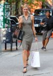 Celebrities Wonder 44661730_karlie-kloss_2.jpg