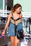 Celebrities Wonder 46057606_vanessa-hudgens-walking-dog_4.jpg