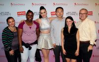 Celebrities Wonder 60172078_katy-perry-Staples-DonorsChoose-org_5.jpg