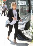 Celebrities Wonder 75365929_hilary-duff-west-hollywood_4.jpg