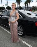 Celebrities Wonder 75655529_pregnant-hayden-panettiere-emmy-awards_1.jpg
