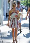 Celebrities Wonder 77096033_ashley-tisdale-with-her-dog_2.jpg