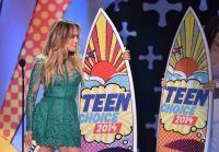 Celebrities Wonder 78596701_jennifer-lopez-teen-choice-2014_7.jpg