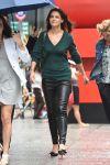 Celebrities Wonder 80658613_katie-holmes-leather-panths_3.jpg