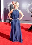 Celebrities Wonder 81005995_julainne-hough-at-the-2014-MTV-Video-Music-Awards_1.jpg