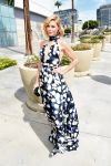 Celebrities Wonder 8129619_julie-bowen-2014-emmy-awards_4.jpg