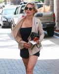 Celebrities Wonder 84132330_elsa-pataky-shopping_4.jpg