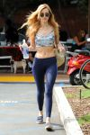 Celebrities Wonder 84759332_bella-thorne-gym_1.jpg