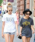 Celebrities Wonder 90980170_Cara-Delevingne-Zoe-Kravitz-New-York-City_5.jpg