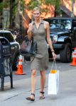 Celebrities Wonder 9806390_karlie-kloss_1.jpg