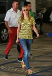 Celebrities Wonder 2590443_heidi-klum-Shopping-at-Whole-Foods_2.jpg