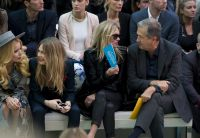 Celebrities Wonder 73091308_burberry-prorsum-spring-2015-front-row_5.jpg
