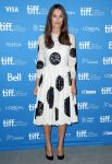 Celebrities Wonder 82867343_keira-knightley-The-Imitation-Game-press-con_1.jpg