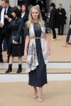 Celebrities Wonder 84756523_burberry-prorsum-spring-2015-front-row_Donna Air 1.JPG